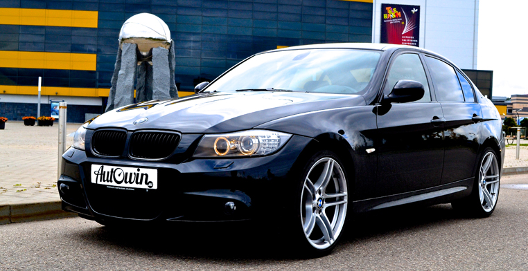 Bmw 3 Series E90 Lci Rear Light In The Side Panel Right Rh Side