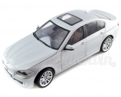 BMW 5 SERIES F10 550i MINIATURES 1 : 18 SILVER ORIGINAL OEM